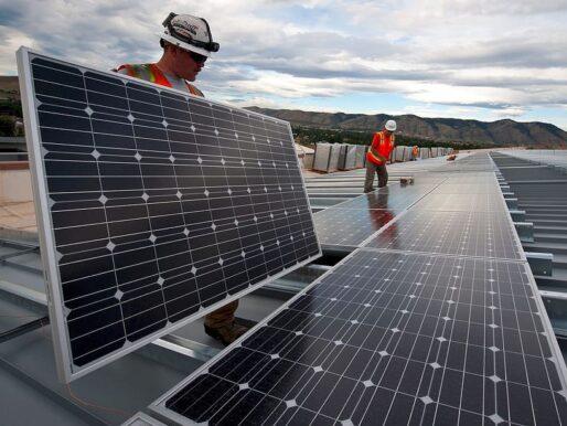 Güneş enerjisi Avustralya'da emisyonları azalttı