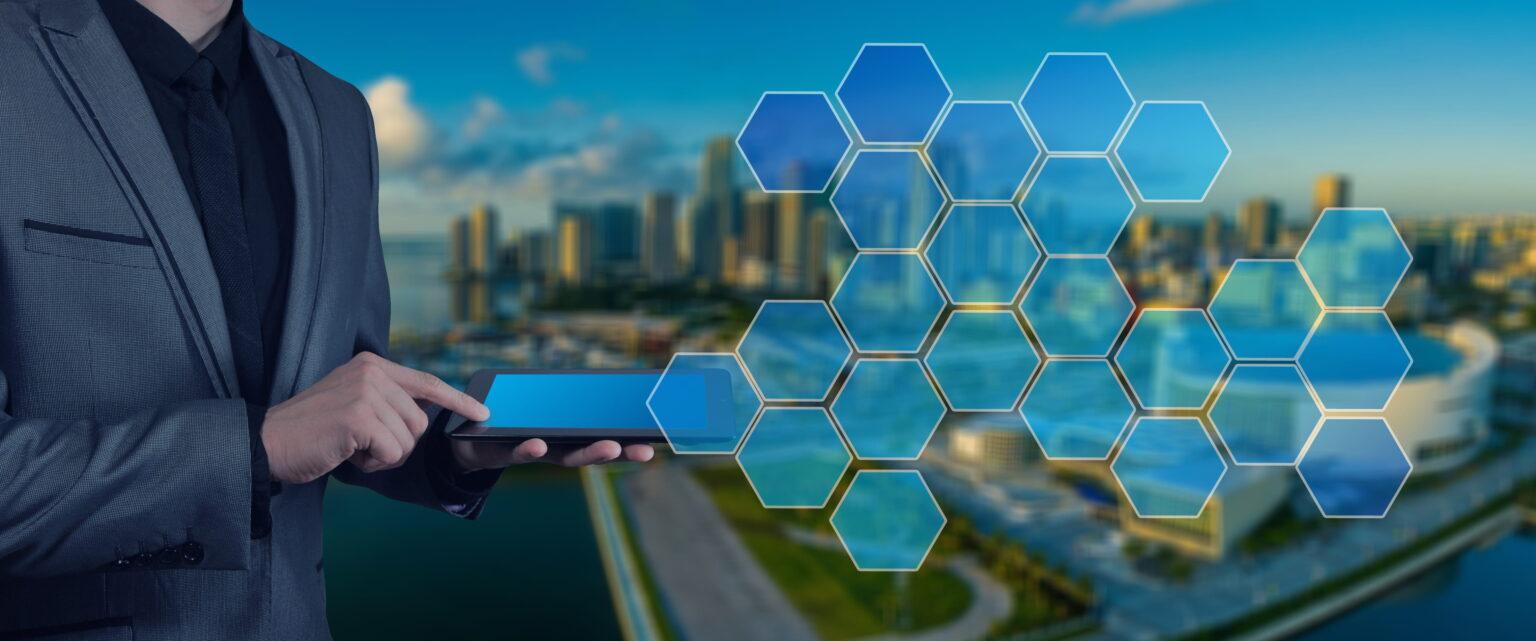 """Değer yaratmanın yolu """"Akıllı Şehirler""""den geçiyor"""