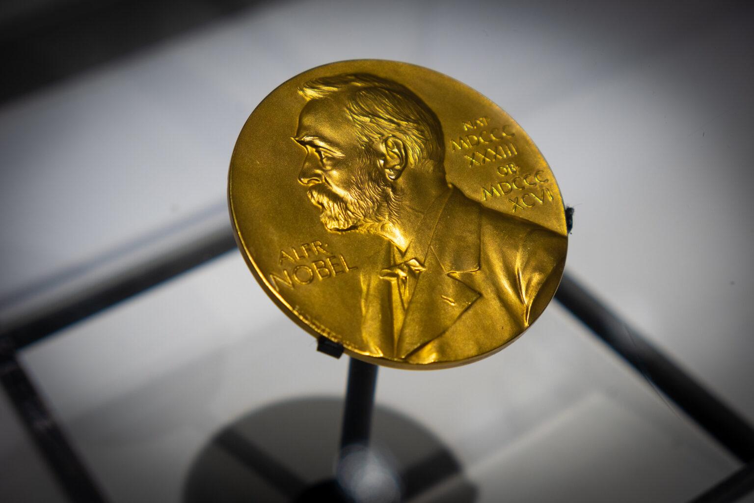 Nobel Fizik Ödülü, küresel ısınmayı çalışan bilim insanlarına verildi